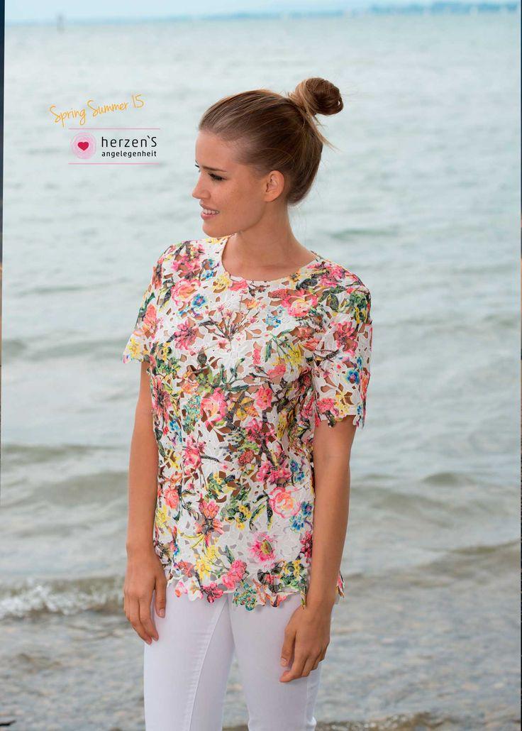 6151-6006 #floral blouse ready for summer #herzensangelegenheit