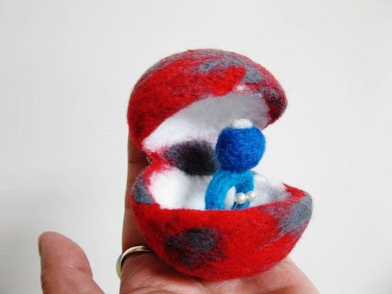 Marry me  Wool felting cutie Ring and  gift box   by iolee on Etsy