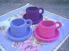 Christine's Crocheted Teacup By Christine M. Freeman - Free Crochet Pattern - *(christinesflowers) ༺✿Teresa Restegui http://www.pinterest.com/teretegui/✿༻
