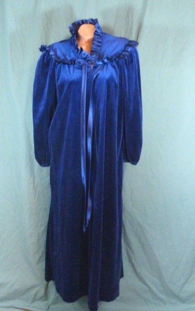 Say-Lu Adonna Small Blue Soft Velvet Velour Robe Housecoat Dressing Gown  Vtg  Adonna  Robes  Glamour 437d872d4