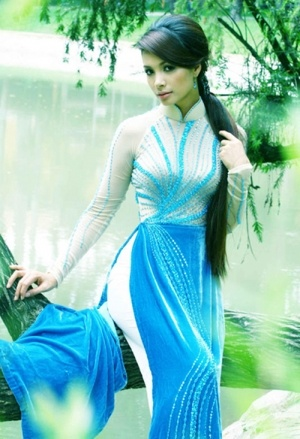 Love this color!!! Ao Dai Heaven Co soc dai to diem them vong 1 va 2