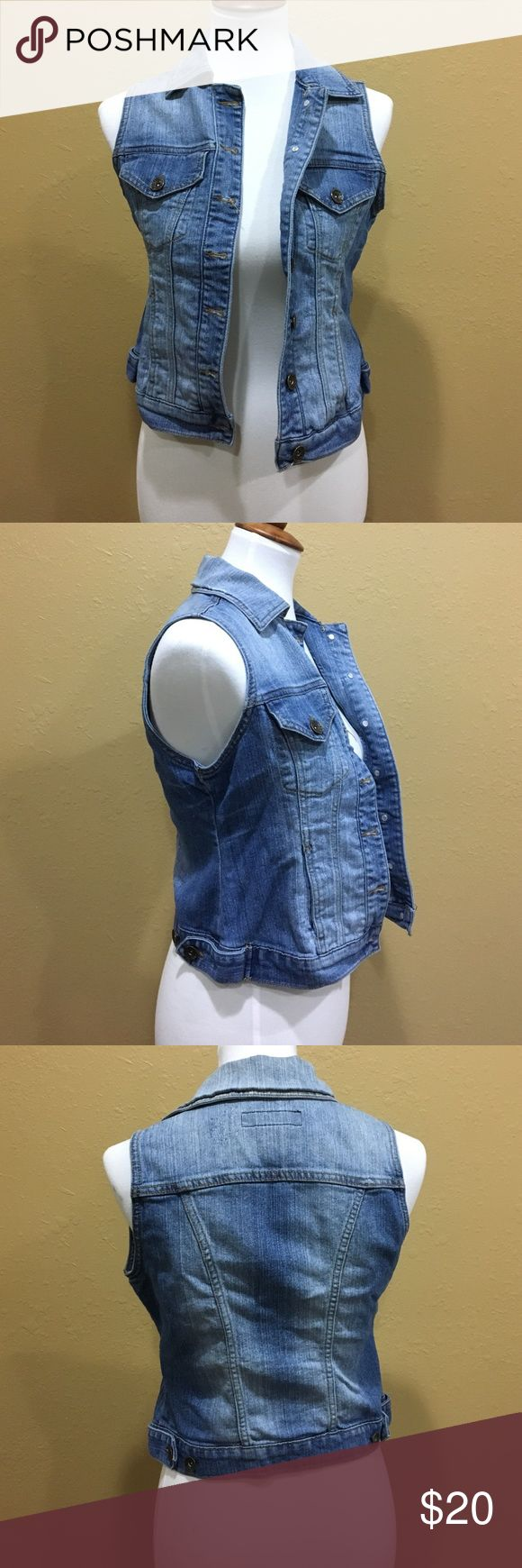 Paris Blues Blue Jean Vest Jacket Pre-Loved--Great Condition❤️. Small Size. Please let me know if you have any questions! ☺️ Paris Blues Jackets & Coats Vests