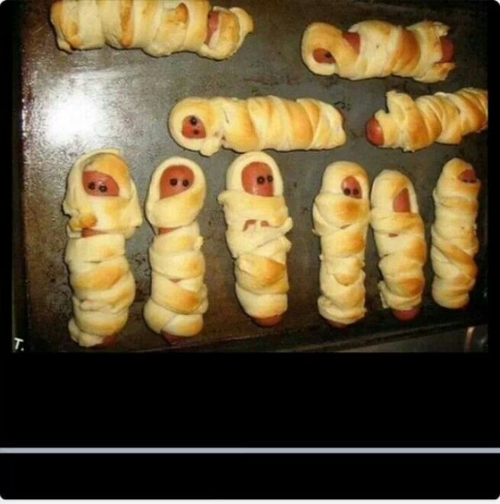 MUMMY DOGS ! hotdogs wrapped in crescent rolls | Halloween ...
