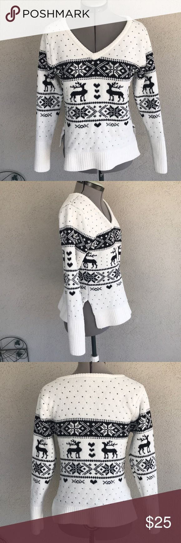 Betsey Johnson blk white reindeer sweater small Great condition This sweater is thick and will keep you really warm. Nice and fluffy  Really cute Betsey Johnson Sweaters V-Necks