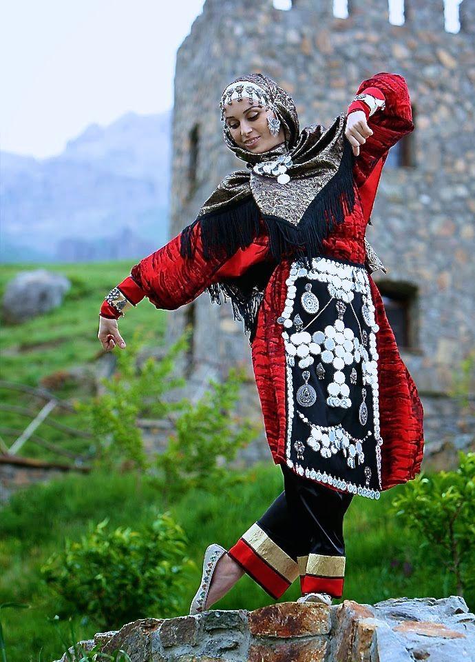даргинский национальный костюм фото мужской и женский движения газов