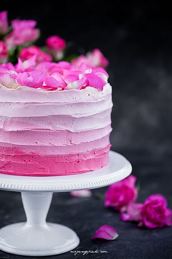 Tort różany ombre