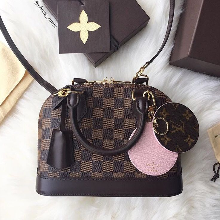 LV Alma BB,  сумки модные брендовые, bags lovers, http://bags-lovers.livejournal