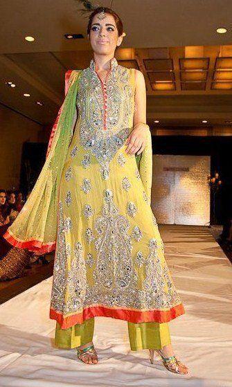 Mehndi Clothes 3