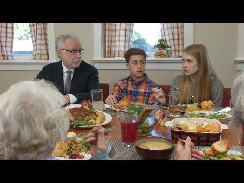 Wolf Blitzer Moderates a Tense Family Thanksgiving Meal on The Ellen DeGeneres Show
