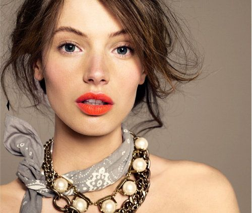Coral LipsCoral Lips, Messy Hair, J Crew, Red Lips, Orange Lips, Fall Makeup, Jcrew, Bright Lips, Lips Colors