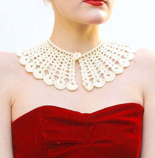 VINTAGE Crochet Collar - Lace Necklace - Fashion Accessories - Victorian Revival…