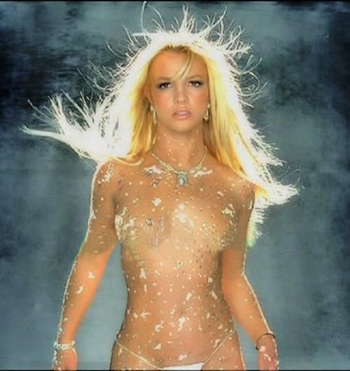 Picture of Britney Spears ~ Beautiful sparkle suit on her!