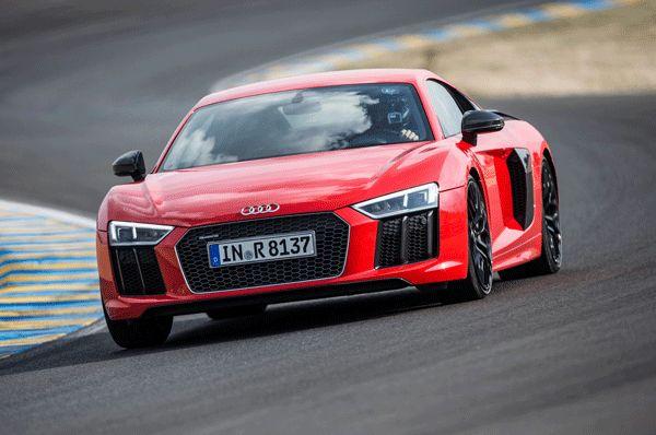 2017 Audi R8 Price, Specs & Review