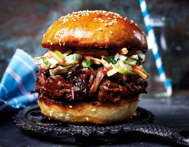 Pulled beef burger with apple coleslaw