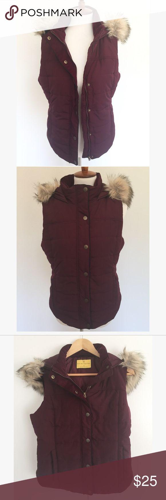 PRINCE & FOX • purple vest Size L • fur vest • gently worn no flaws Aeropostale Other