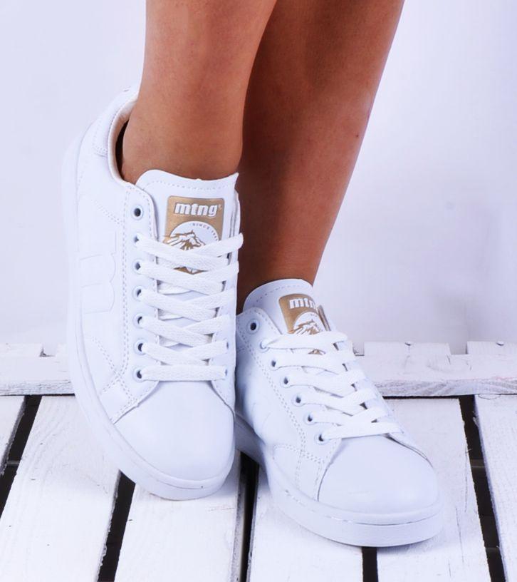 Zapatillas Mustang. Un clásico indispensable en cualquier armario.   #lovefashionclothes #mustang