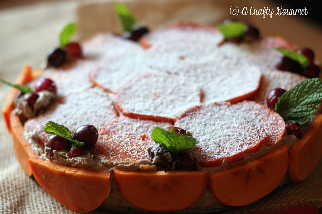 Raw Vegan Persimmon & Cranberry Cheesecake #paleo #vegan #raw #dessert