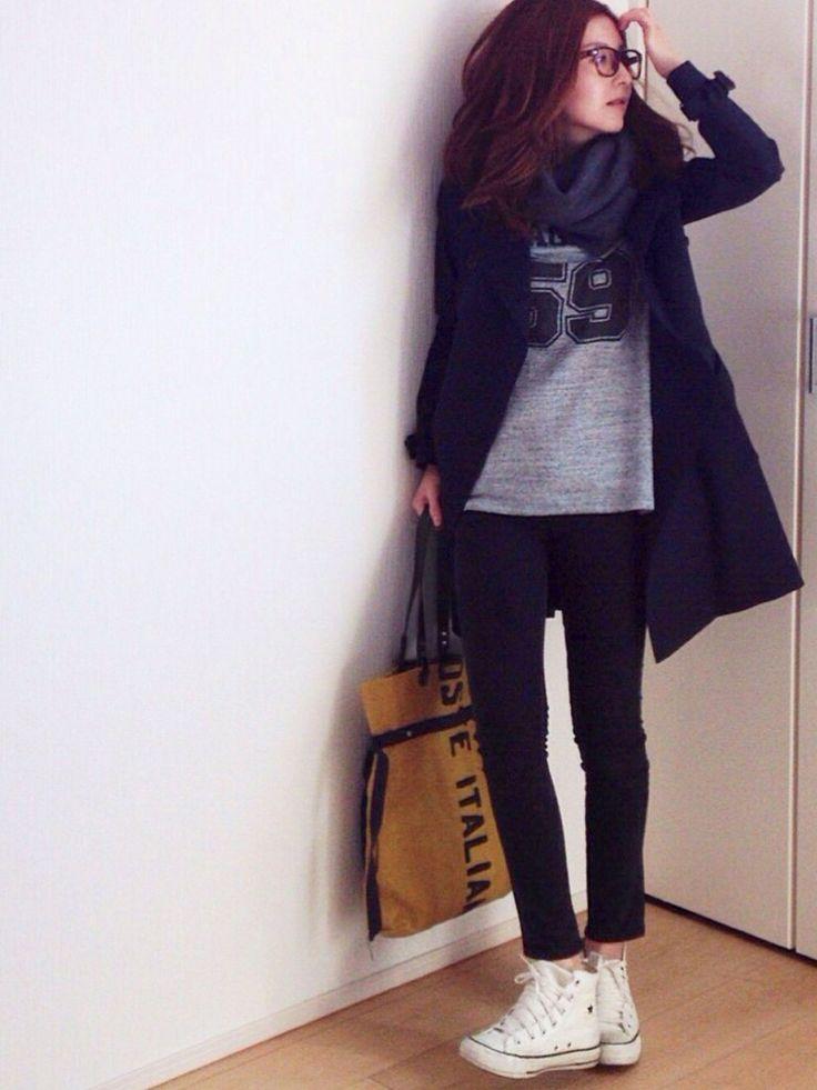 STUDIOUSのトレンチコートを使ったmayumiさんのコーディネートです。│パンツはユニクロ、バッグはDelle ...