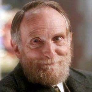 Remembering actor ROBERTS BLOSSOM (1924 – 2011), who was born on March 25th. He is best known for his roles as Old Man Marley in Home Alone (1990) and as Ezra Cobb in the horror film Deranged (1974). He is also remembered for his supporting roles in films such as The Great Gatsby (1974), Close Encounters of the Third Kind (1977), Escape from Alcatraz (1979), Christine (1983), and The Last Temptation of Christ (1988).