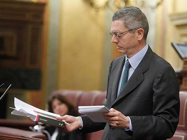 JUSTICIA | En respuesta a una interpelación de Rosa Díez  Gallardón impulsará la custodia compartida en separaciones y divorcios (El Mundo 13/06/2012)