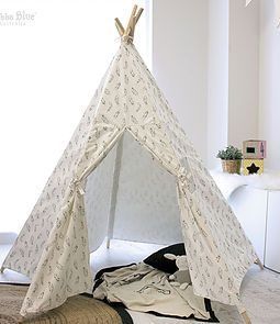 Organic Feathers Teepee Play tent from Bubba Blue