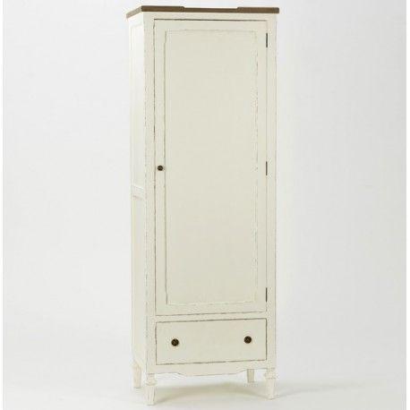 Wąska szafa z drążkiem w stylu prowansalskim z serii Arles.  Więcej na : www.lawendowykredens.pl