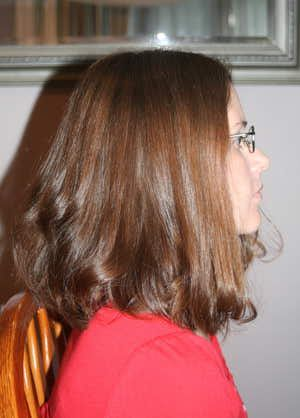 Sarah Palin's hair has been the talk of the 2008 Presidential Election and women everywhere want to know how to get that updo! In this article, I give you step-by-step instructions on how to quickly create this look at home!: Step 1 - Prepare the Hair