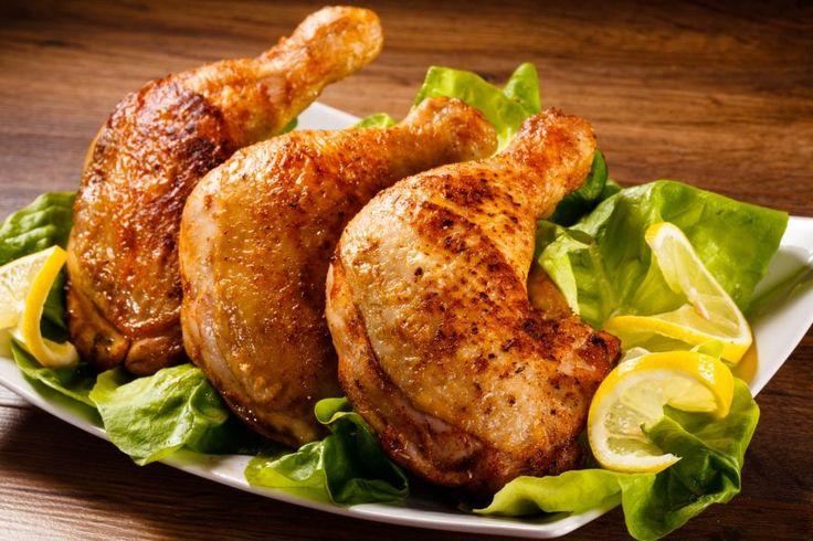 Gebratene Hühnerkeulen sind optimal für Sonntags geeignet. #braten #huhn #geflügel #fleisch