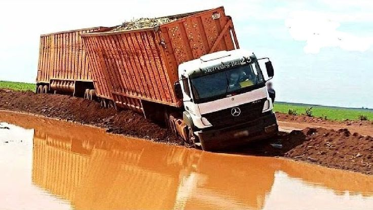 Best Crazy Trucks Driving In Muddy Extreme Roads | Big Truck Offroad
