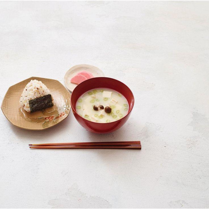MIso and Onigiri // Sonoko Sakai