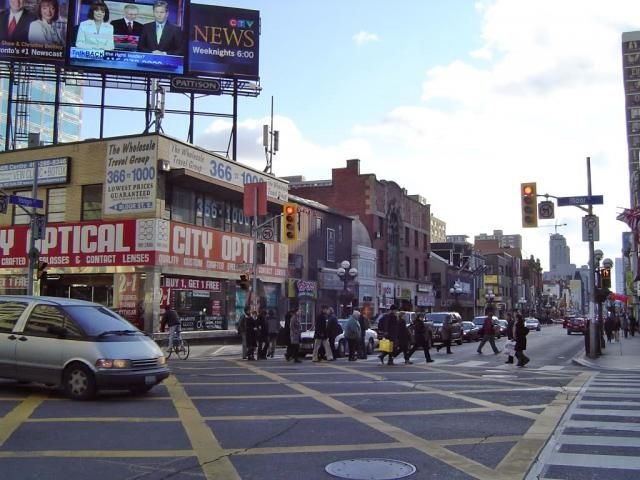 December 8, 2016: Roy's Square and One Bloor East. View of the southeast corner of Yonge and Bloor, image taken in 2006 by #UrbanToronto Forum contributor marcus_a_j #Toronto #urban #city #development #thenandnow #ThrowbackThursday #tbt