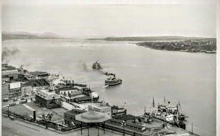 Mv Louis Jolliet au Port de Québec (Traverse Québec-Levis) en 1958
