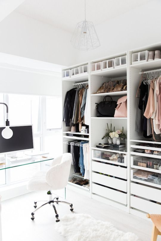 I don't like the setup of the room- I don't think the computer and desk should be right next to the closet area. And it shouldn't be ALL white...but I love the organization of the closet.