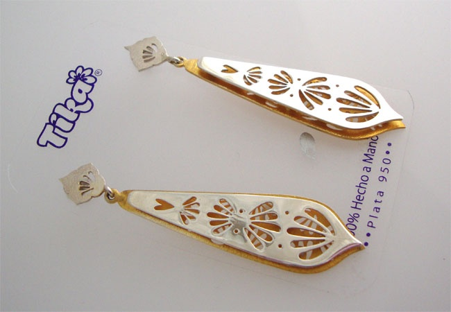 Long Earrings - Silver. Bollywood Princess Collection 2012