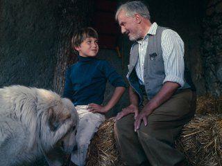 belle et sébastien serie | Sébastien, désormais âgé de 9 ans, revient avec Belle, son chien ...