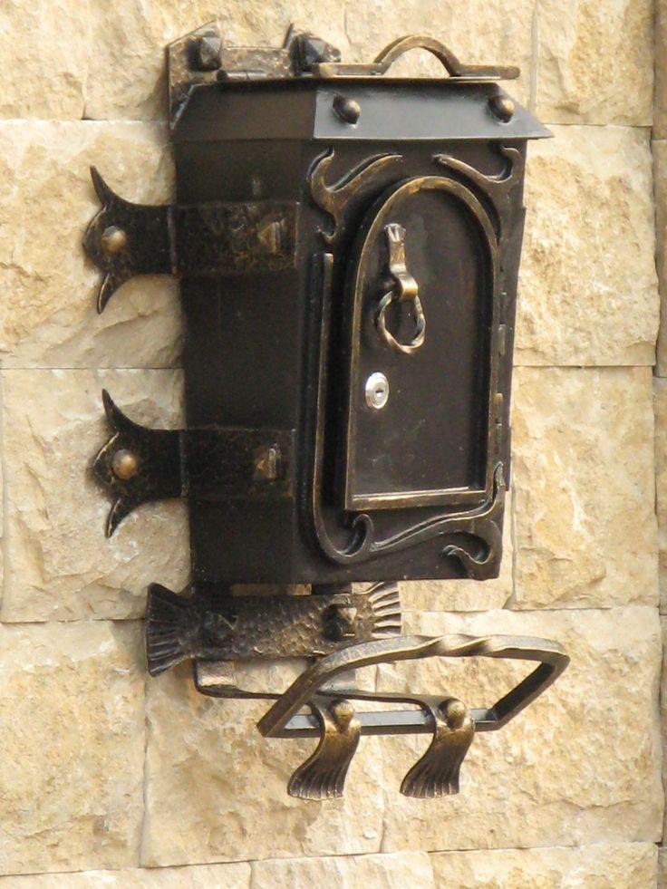 Красавец! Заказать почтовый ящик, металлический, кованый http://www.metal-made.ru/feedback/