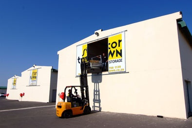 StorTown with a forklift facility.  #durban #southafrica #stortown #moving #renting #renovating #safe #storage #organization #organised #moving #packing #stortown #tips #boxes #hillcrest #deals #bestprice #clean #dry #secure #community