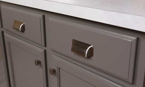 pick the right kitchen cabinet handles how to choose kitchen knobs and pulls bhg s best diy 9092