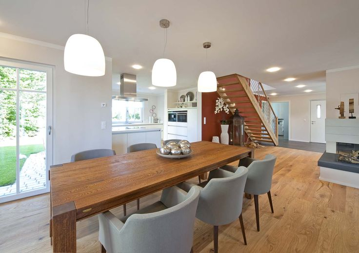 Beispiel Holzboden in Küche und Essbereich.