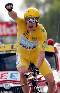 Dominating win for Bradley Wiggins