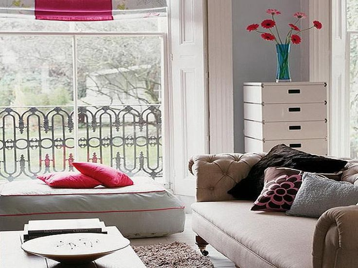 1000 images about small space sofas ideas on pinterest for Lila jang s canape
