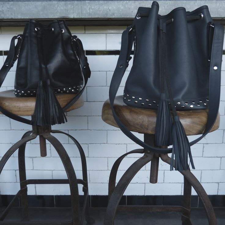 PAULETTE bags in grey and black leather !