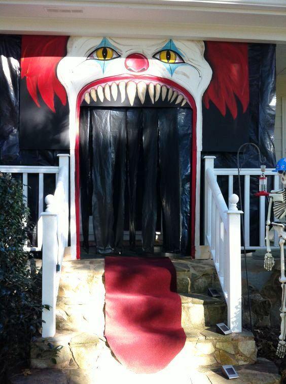 Evil Clown Halloween. Porch decor. _ Scary Circus.