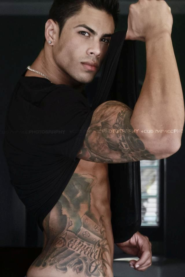 Andrey De Assis: Eye Candy, Of Sitting, Tattooed Men, Tattoos, Sexy Men, Hot Guys, Eyecandy, Ink