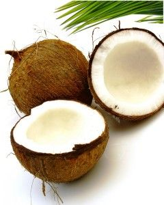 Easy homemade coconut shampoo that contains only 4 ingredients