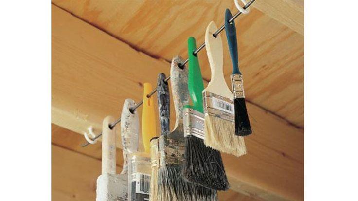 pinceaux suspendus fil de fer dur