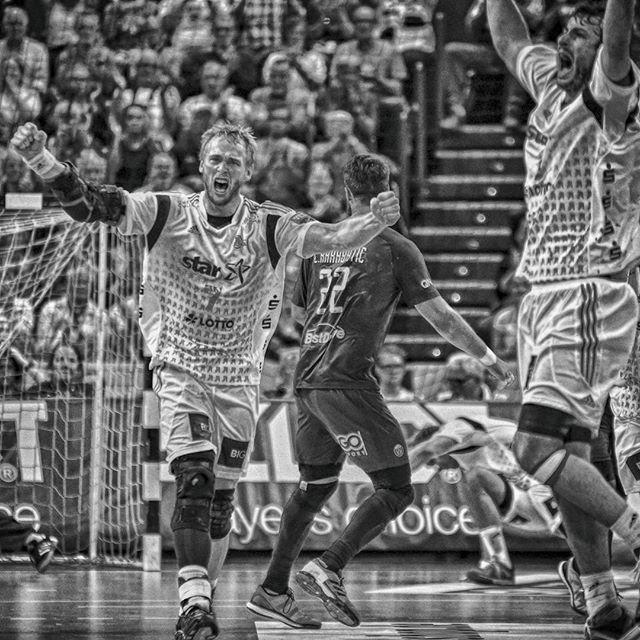 Played around with HDR tonight... THW Kiel vs Paris Saint German  #thwkiel #wirsindkiel #Kiel #THW #psg #psghand #parissaintgermain  #ehf #ehfcl #championsleague #Handball #handboll #rukomet #handballbundesliga #handballfoto #handballphoto #sportfoto #sportphoto #sportpic #instasport #instahandball #sportfotografie #sportphotogoraphy #fotografie #photography #handballfoto #handballphoto #Leidenschaft  #d750 #nikon #hndbl #balonmano @thwhandball @psghandofficiel