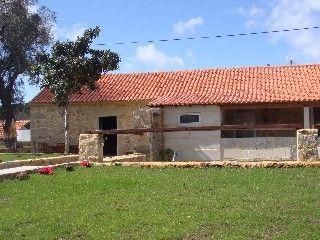 Luxuosamente restaurada casa de pedra tradicional, com jardim, perto de rioAluguer de férias em Viana do Castelo da @homeawaypt