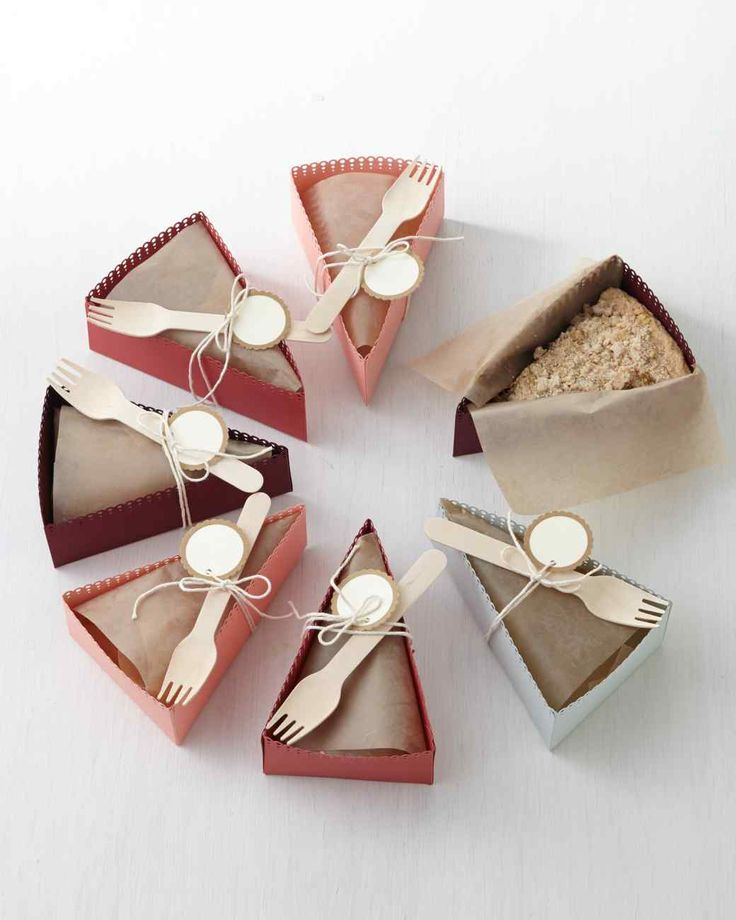 DIY Paper Pie-Slice Boxes. Cute for Thanksgiving!