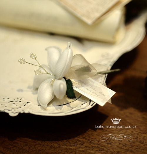 Almond flower wedding favour www.bohemiandreams.co.uk
